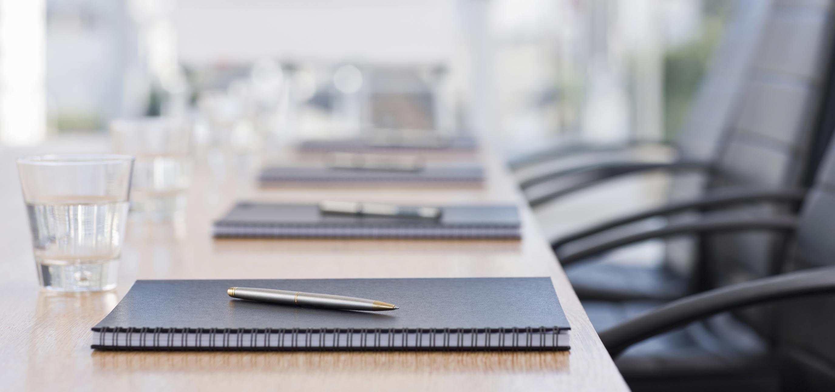 Примери на акти (одлуки) за усвојување на Годишната сметка и ФИ